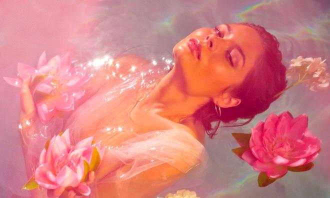 Nina Nesbitt - 'The Sun Will Come Up, The Seasons Will Change'